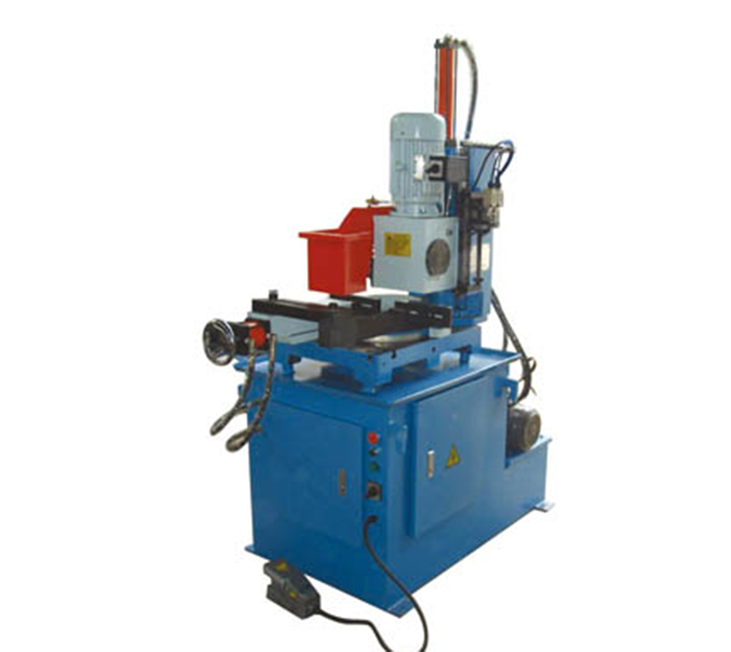 Pipes cutting Machine